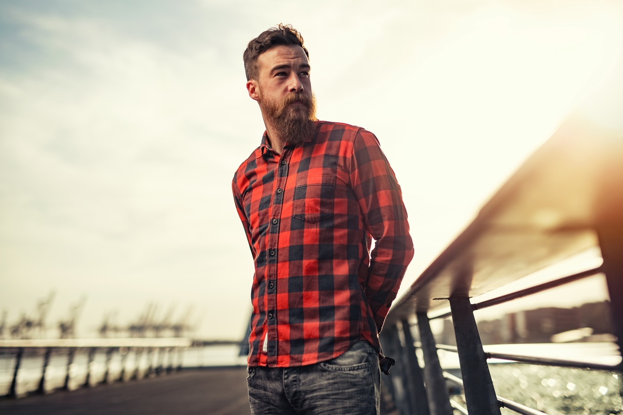 Lumbersexual man with a huge beard